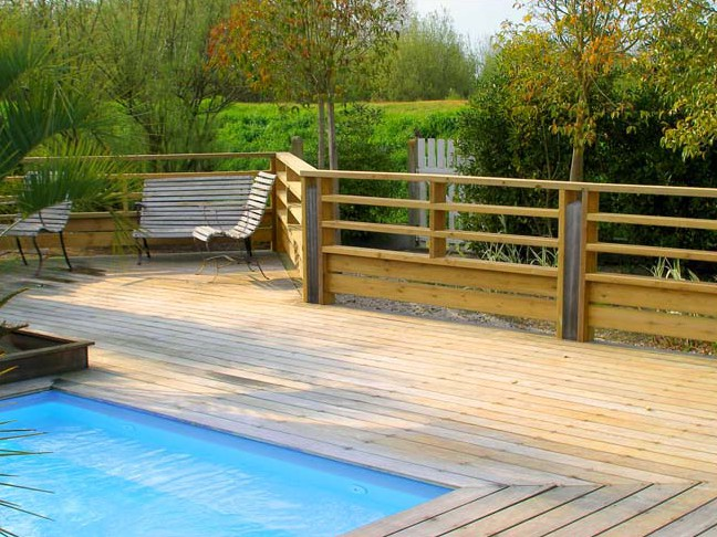 Barriere terrasse bois for Barriere de piscine leroy merlin